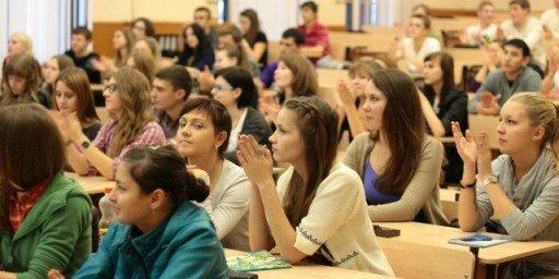 Челябинском юургу горячая студенческая оргия 107
