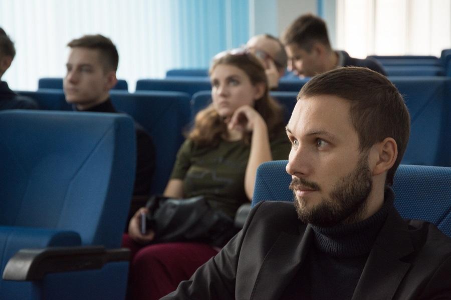 На открытой лекции в ЮУрГУ рассказали, в чем специфика политической власти Южного Урала