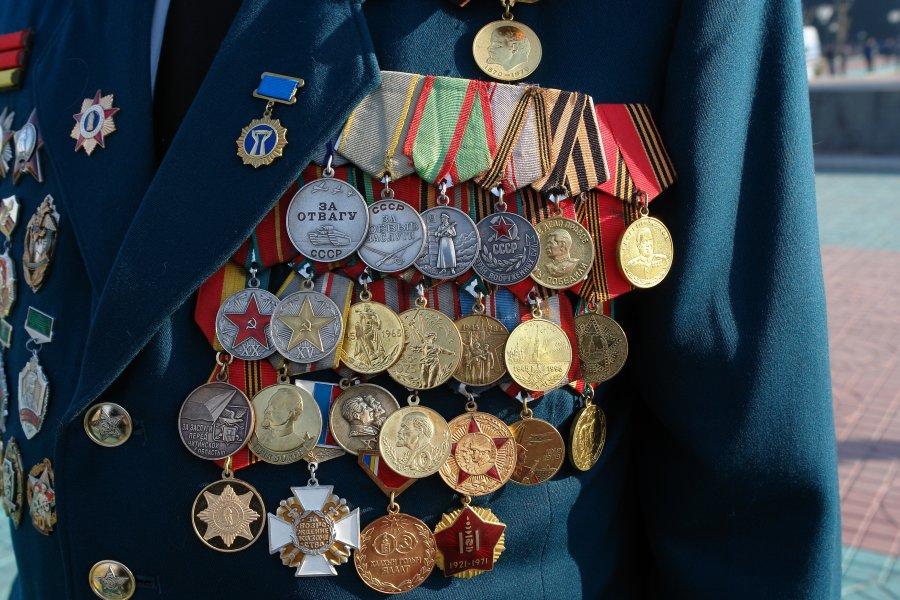 Что пишут под фотографией с медалями